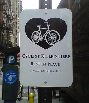 Cyclist_killed_here_sign_2